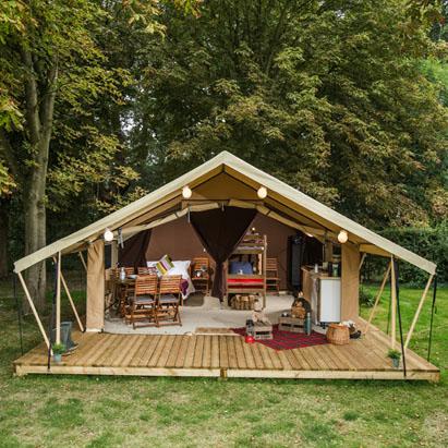 設置予定の宿泊者用テント