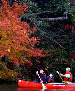canoe-autumn-jon